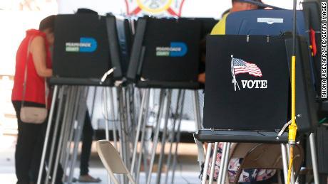 Le gouverneur de Floride annonce un examen de la cybersécurité à la suite de révélations électorales concernant le piratage