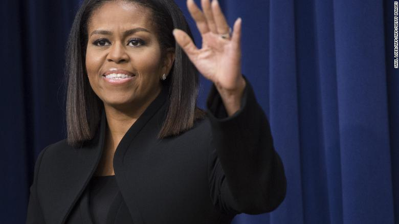 Michelle Obama kicks off book tour, chats to Oprah