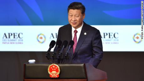 Chinese President Xi Jinping makes his keynote speech for the APEC Summit summit in Port Moresby on November 17, 2018.