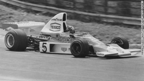 Brazilian Emerson Fittipaldi at the wheel of his McLaren-Cosworth M23 during the qualifying rounds for the 1974 British Grand Prix.