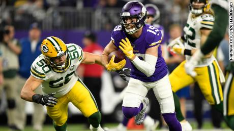 Partly thanks to this 14-yard touchdown on the Vikings wide receiver Adam Thielen, Minnesota beat Green Bay on Sunday to improve 6-4.
