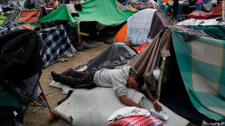 Top Five Media Lies on the Migrant Caravan | Trending