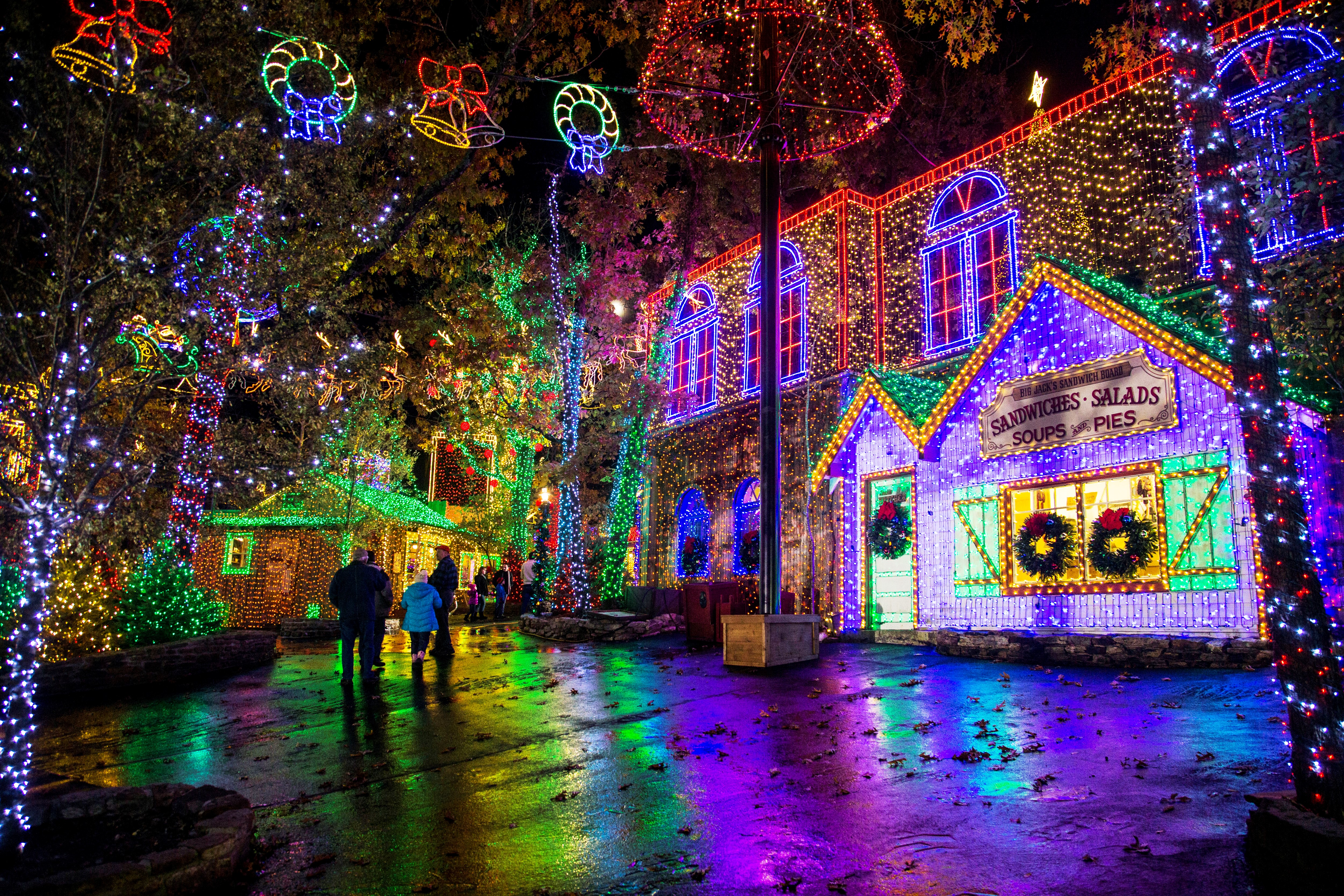 How Much Electricity Do Christmas Lights Use.9 Best Places To See Christmas Lights In The Usa Cnn Travel