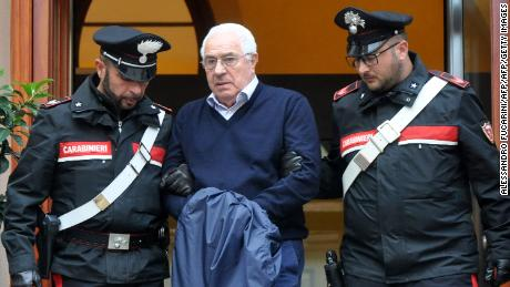 Police target 'Ndrangheta mafia in raids across Europe