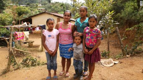 Delmi Amparo Hernández with her four children.