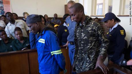 Дело южноафриканского каннибала & # 39;  мужчины получают пожизненное заключение