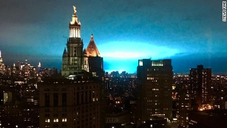 Explosion lights up sky over Queens, New York