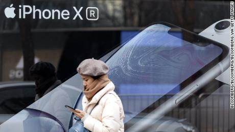 Smartphone makers can no longer count on China for growth