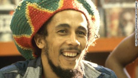 La Fondation Bob Marley a commencé à financer l'équipe en 2014.
