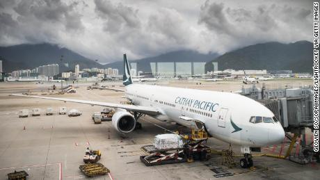 Cathay Pacific accidentally discounts business-class tickets -- again