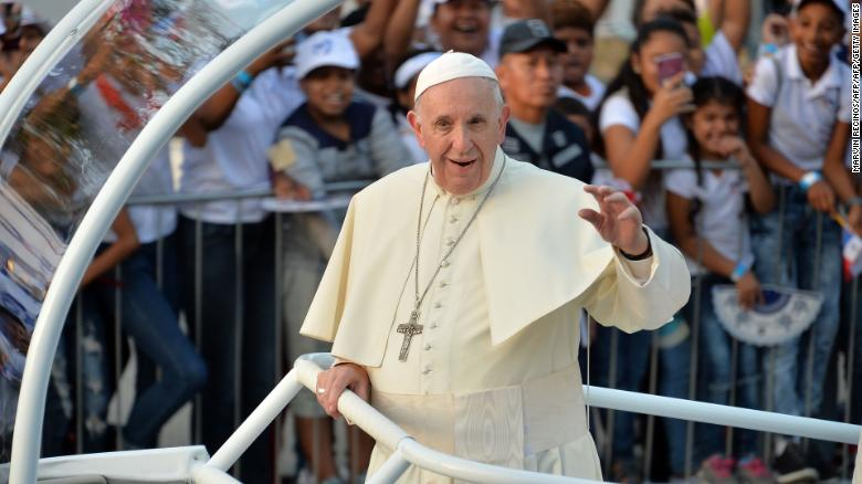 Pope Francis donates $500G to migrants at U.S.-Mexico border