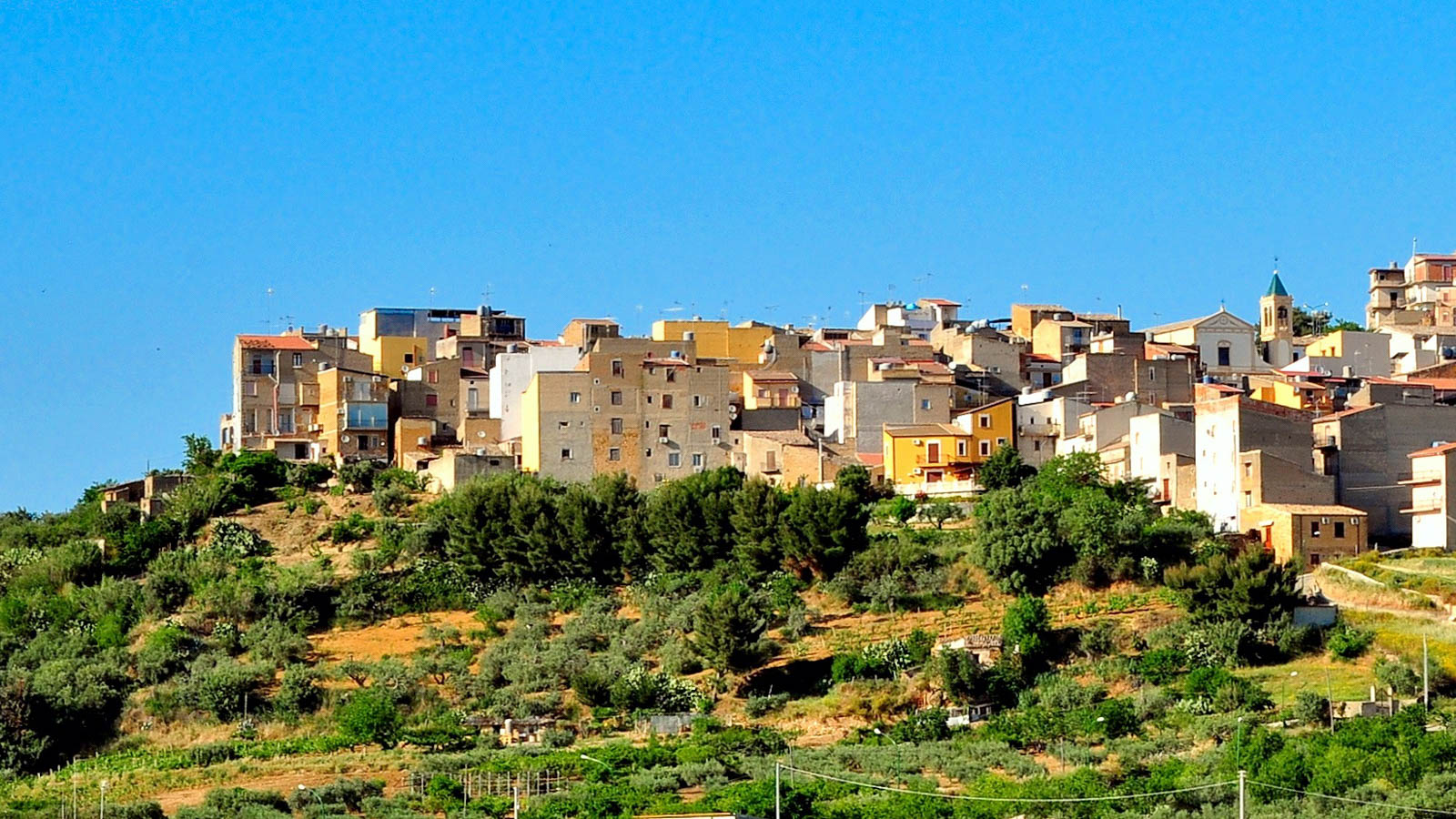 Italian town will pay you $10,000 to move in   CNN Travel