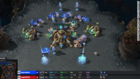 DeepMind AI Computer easily beats StarCraft II pro players