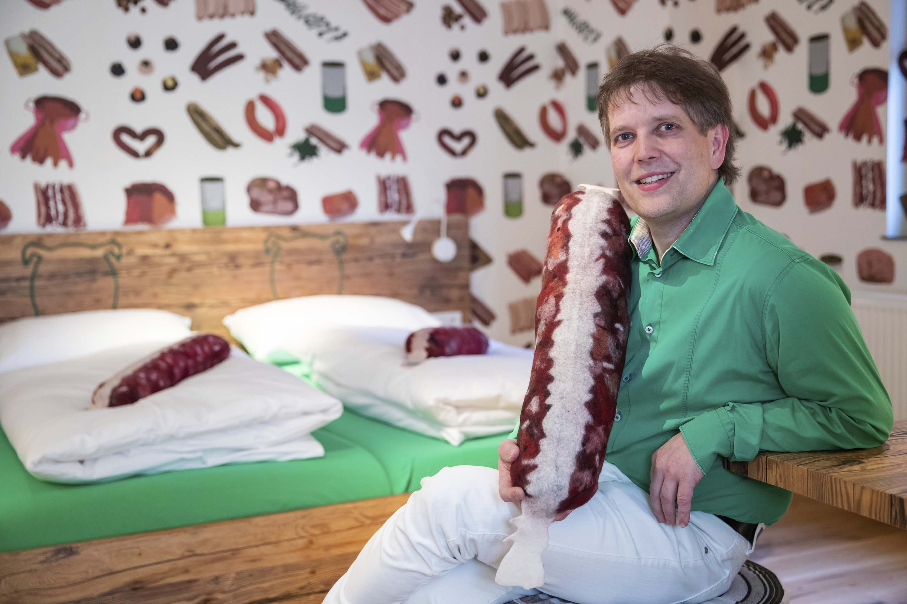 Germany's sausage hotel: Bratwurst on the menu and the