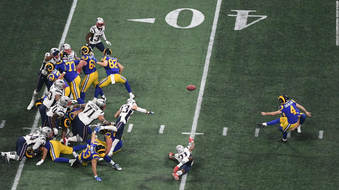 Rams kicker Greg Zuerlein connects on a 53-yard field goal to tie the game at 3-3 in the third quarter.