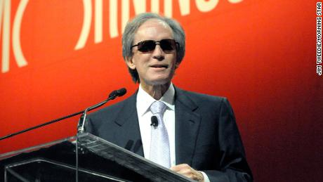 Bill Gross sends last missive on bonds - and fees