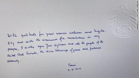 Papa Francisco & # 39; Mensaje en el Libro de Honor del palacio.