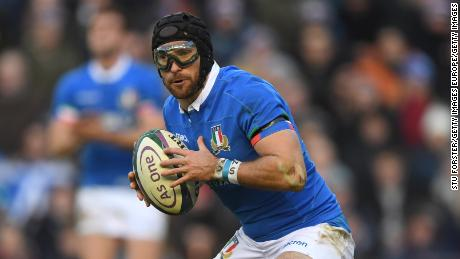 Ian McKinley: The Italian rugby player who overcame a burst eye