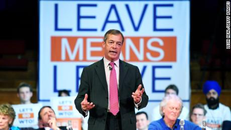 Nigel Farage backs new party if exit from European Union  is delayed
