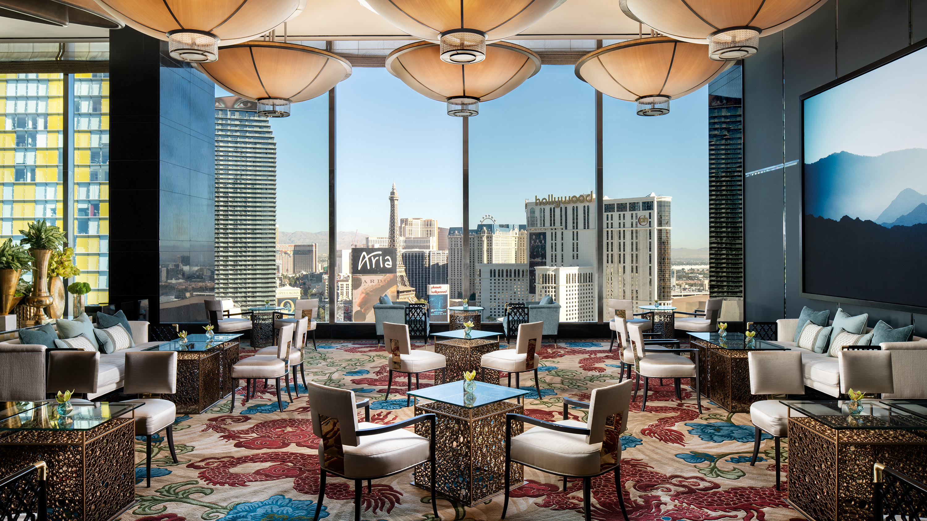 8 best Las Vegas Strip hotels | CNN Travel