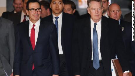 Lighthizer strikes a tough tone on China trade talks