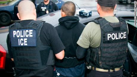 ICE supervisors sometimes skip required review of detention warrants, emails show