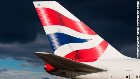LONDON, ENGLAND - OCTOBER 11: British Airways aircraft at Heathrow Airport on October 11, 2016 in London, England. The UK government has said it will announce a decision on airport expansion soon. Proposals include either a third runway at Heathrow, an extension of a runway at the airport or a new runway at Gatwick Airport. (Photo by Jack Taylor/Getty Images)