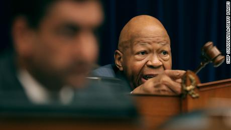 House Oversight Committee issues ultimatum to White House over security clearance information