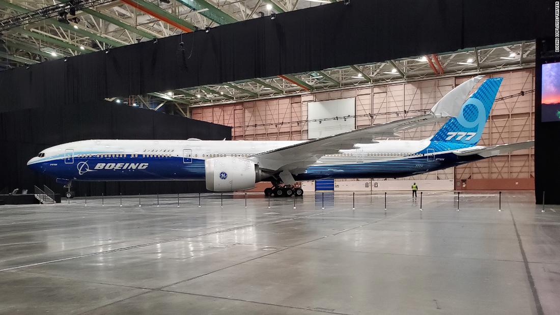 First flight for Boeing 777X delayed due to engine problem