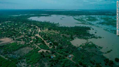 Cyclone Idai sweeps across Zimbabwe