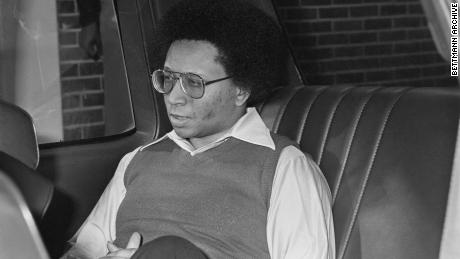 Wayne Williams stand wegen des Mordes an zwei jungen Afroamerikanern vor Gericht.