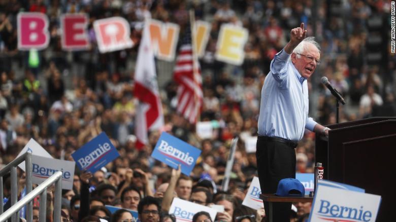 Warren Releases 2018 Tax Return, Reveals $900K In Income