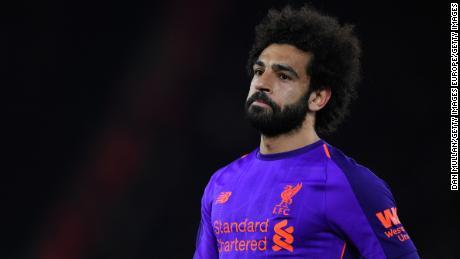 Mohamed Salah: Cảnh sát Anh điều tra & # 39; nguy hiểm và đáng lo ngại & # 39; quạt hô