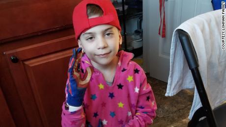 La salud de Rosie es estable y ella está aprendiendo a cuidar su condición de manera independiente.