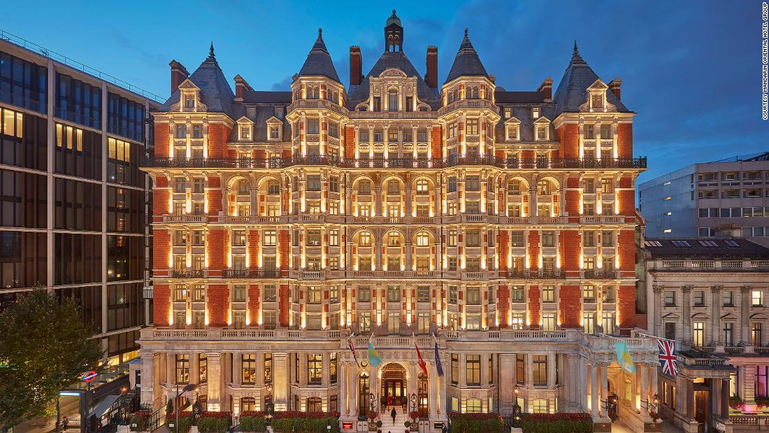 Photos show the lavish renovation of the Mandarin Oriental Hyde Park in London