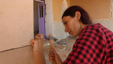 All women in Jinwar take part in building and maintaining their village.