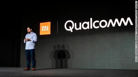Apple and Qualcomm drop all of their legal disputes