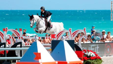 Georgina Bloomberg competes on Manodie II H in Miami in 2018.
