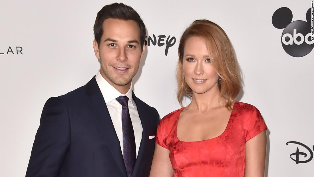 Anna Camp and Skylar Astin call it quits after two years of marriage - CNN
