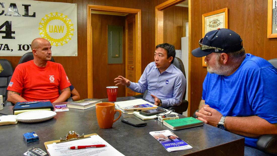 Yang meets with union leaders in Iowa.