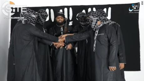 ISIS suspect gave advance warning of Sri Lanka bombings, source says