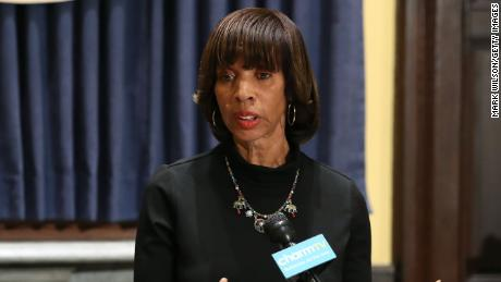 BALTIMORE, MD - AUGUST 16:  Baltimore Mayor Catherine Pugh talks about the late night removal of four confederate statues in the city, on August 16, 2017 in Baltimore, Maryland. The City of Baltimore removed four statues celebrating confederate heroes from city parks overnight, following the weekend's violence in Charlottesville, Virginia.  (Photo by Mark Wilson/Getty Images)