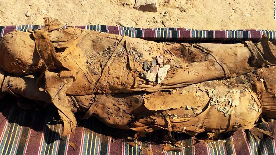 Egypt discovers mummies in hidden tomb