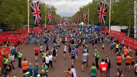 Nurse fails in London Marathon record bid 'because she wore trousers'