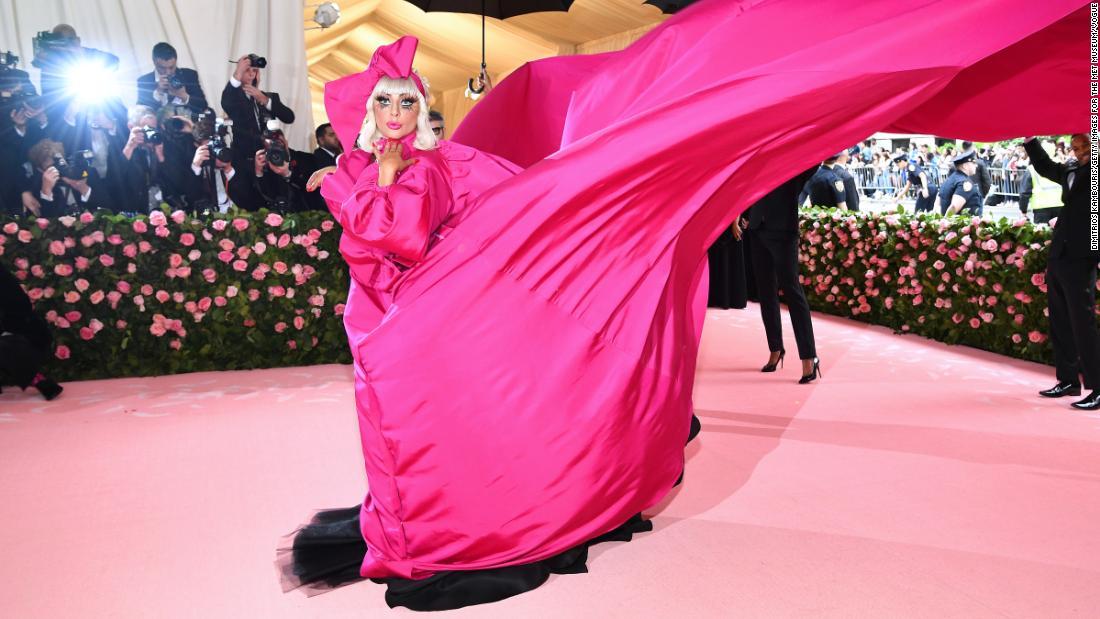Brandon Maxwell-Kleider von einigen der weltweit mächtigsten Frauen, einschließlich Obama und Gaga
