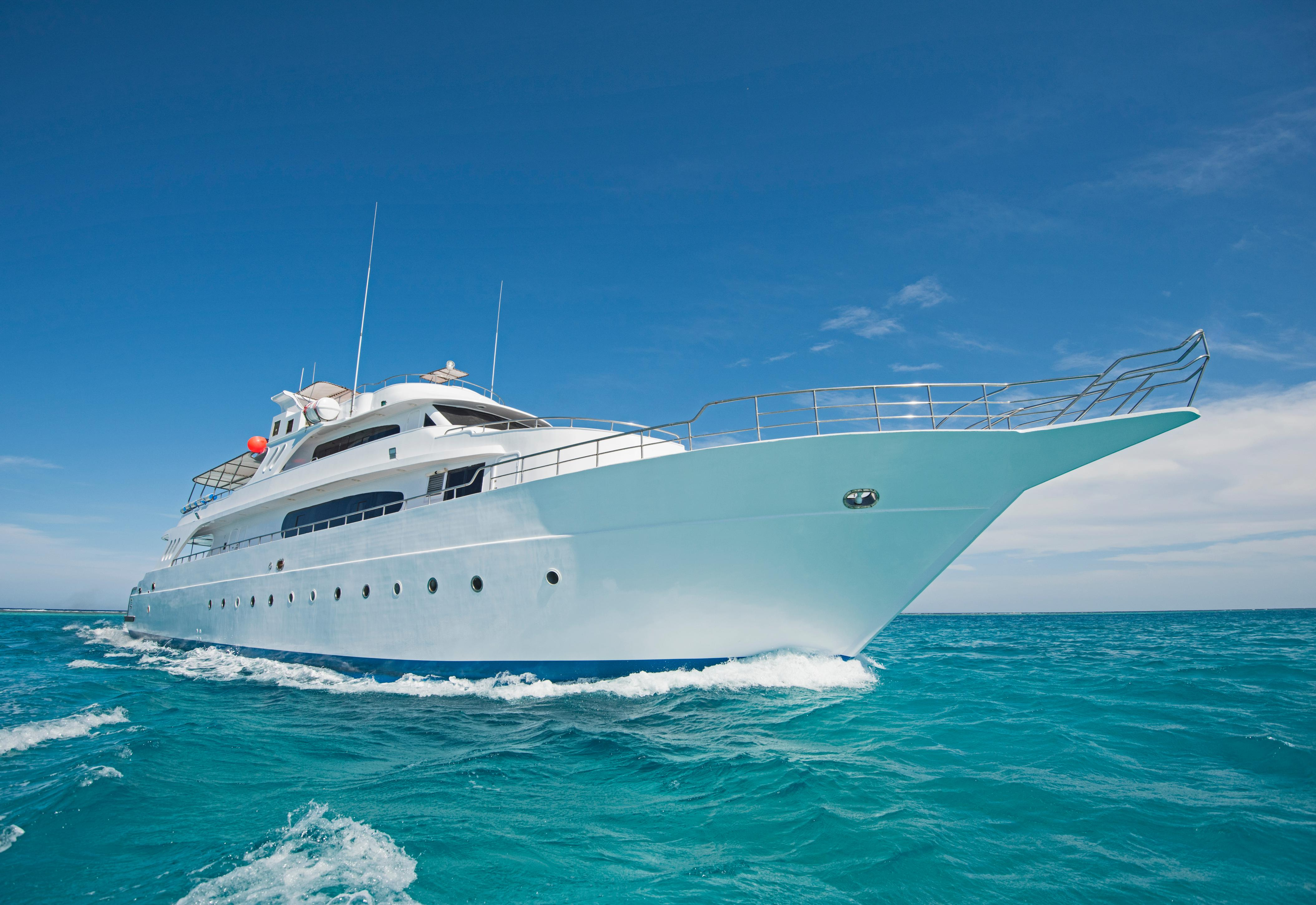 Luxury Yacht Tester Apply For This Dream Job With Hushhush Cnn Travel