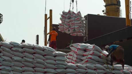 Supplies are unloaded from a ship that made it through the blockade to Hodeidah.