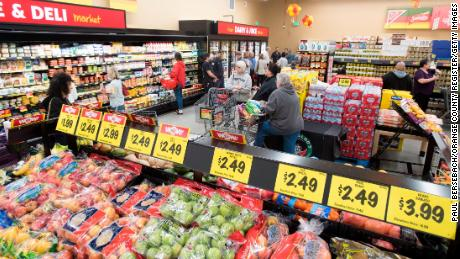 The TJMaxx of supermarkets is going public