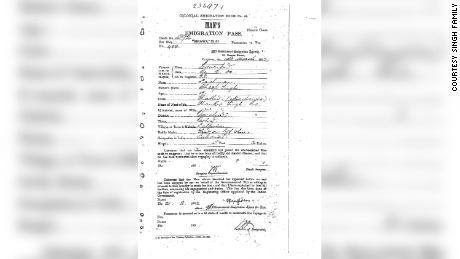 Le passe d'émigration qui appartenait à l'arrière grand-père de Laxman Singh, Lisa Singh.