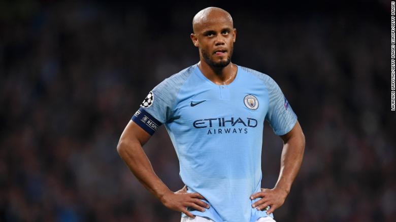 """Thành phố Manchester là """"thất vọng"""" sau khi được chuyển đến phòng xét xử cơ quan kiểm soát tài chính câu lạc bộ của UEFA."""